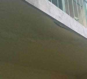 天井の塗膜の浮き